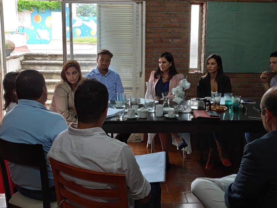 Encuentro con representantes de la Cámara de Industria de la Salud de Córdoba